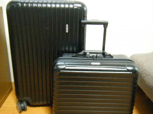 機内持ち込みスーツケースのサイズやお勧め