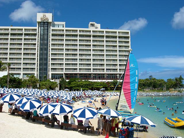 沖縄のホテルランキングはルネッサンスリゾートオキナワ