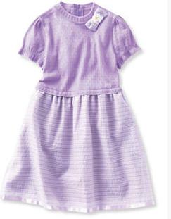 入学式の女の子の服装は紫のワンピース