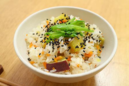 山菜おこわを炊飯器でおいしく炊く5つの工程をご紹介