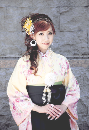 卒業式の袴に似合うロングヘアーの髪型