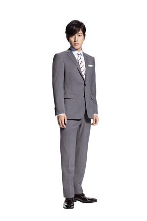 入社式で着るべきスーツはグレー
