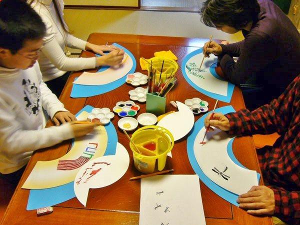 京都観光の穴場スポットは京扇子の絵付け体験
