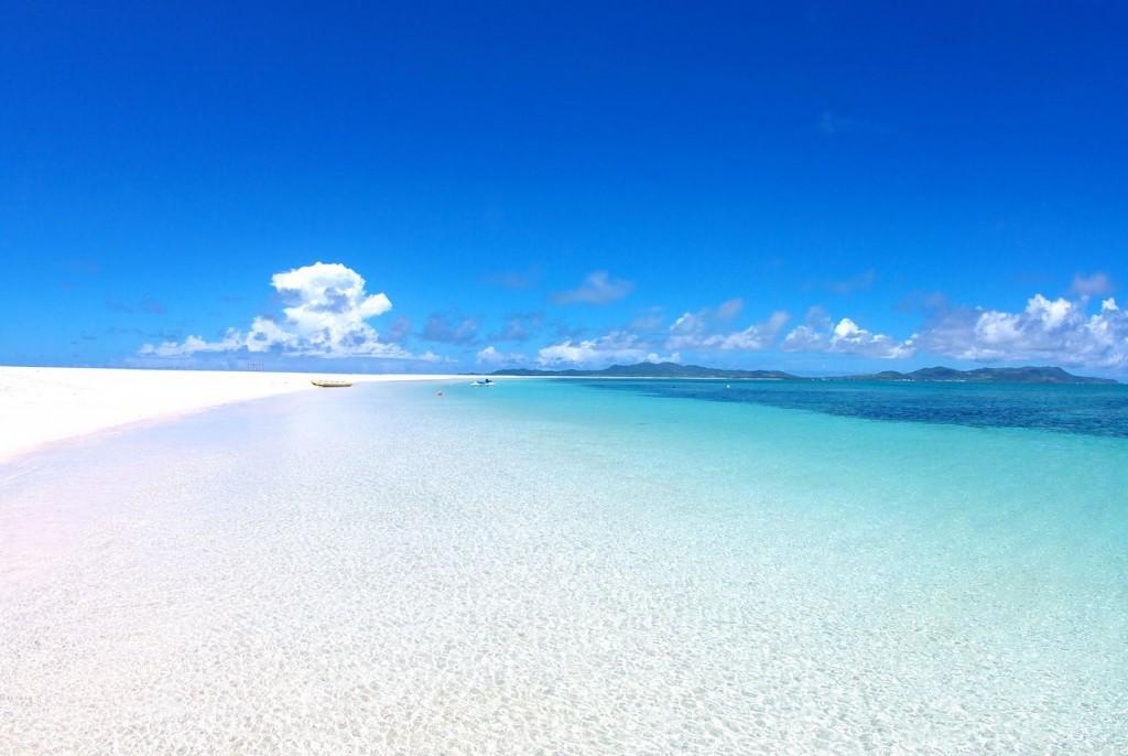 沖縄県離島の久米島の2016年の海開きの予定日