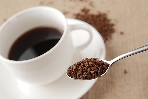 眠気覚ましの方法を紹介はカフェインじゃない