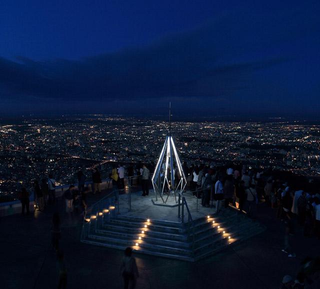 札幌の夜の観光スポットはもいや山展望台