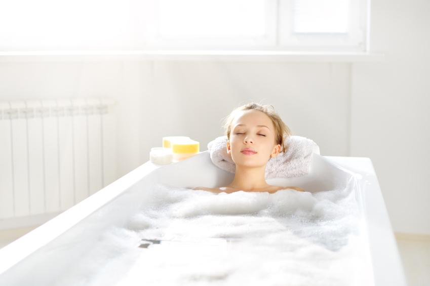 入浴をしてリラックスして寝つきをよくする