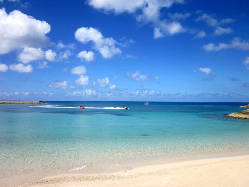 沖縄県南部の2016年の海開きの予定日