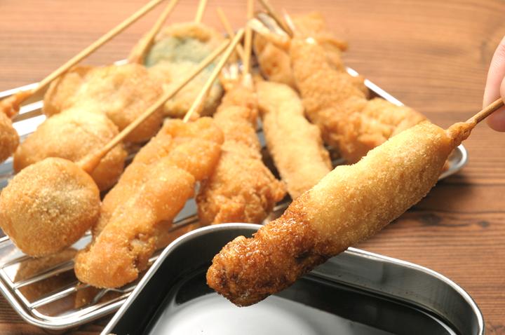 大阪観光のお勧めスポットは八重勝の串カツ