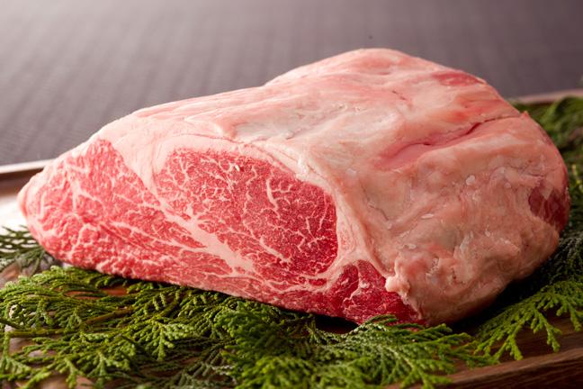 タンパク質の多い食べ物は牛肉フィレ