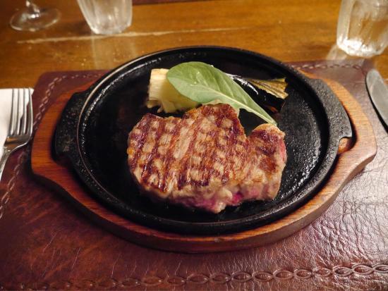石垣島の人気グルメランキングはステーキレストラン パポイヤ