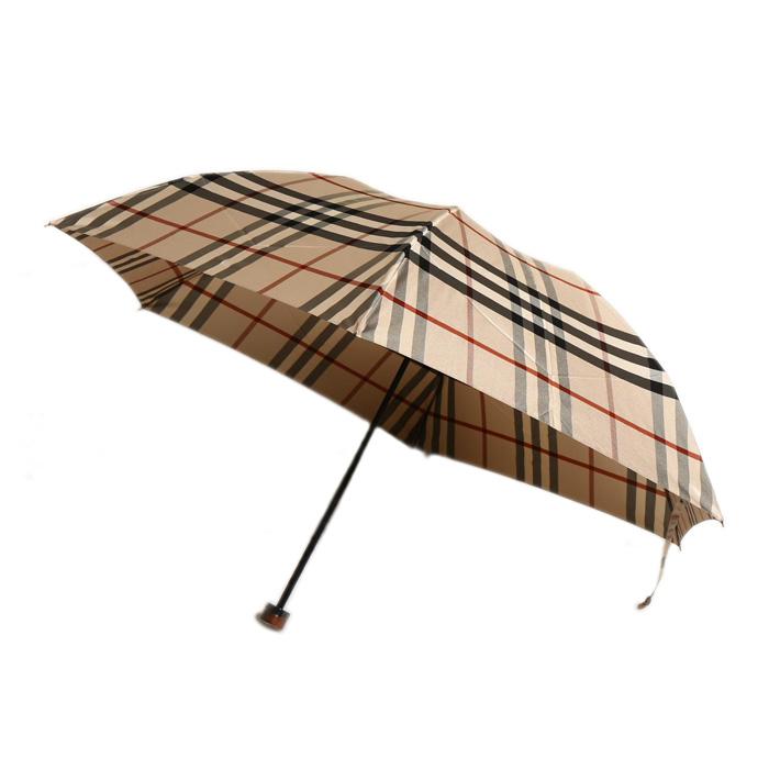 バーバリー独自のラインが入った折りたたみ傘