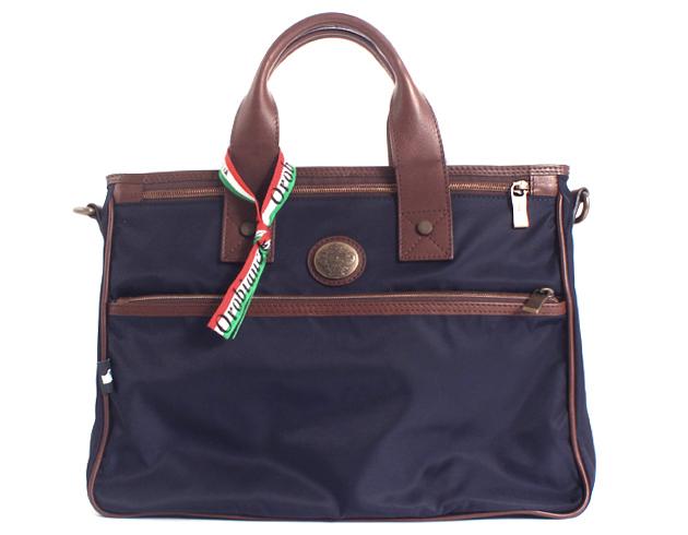 メンズの人気ブランドバッグはオロビアンコ