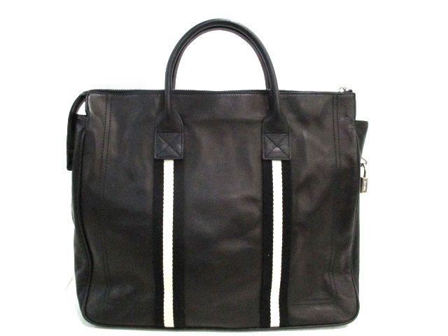 メンズの人気ブランドバッグを紹介