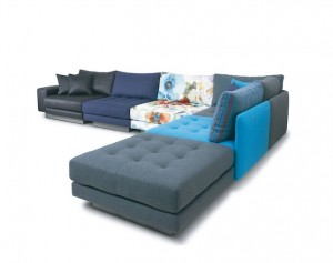 MADE IN JAPANのこだわりを持ち高級感あふれたデザインが特徴の家具メーカーです。