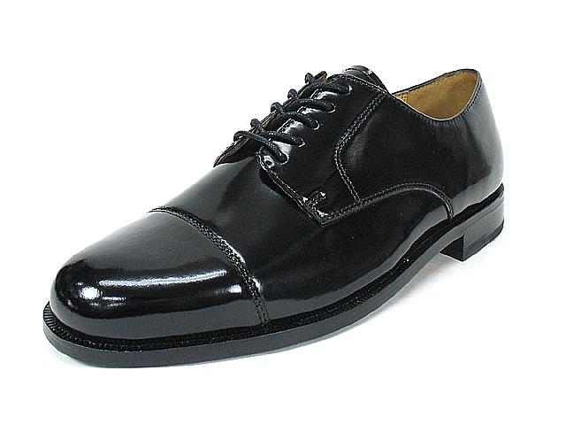 人気のメンズ革靴ブランドはCOLE HAAN