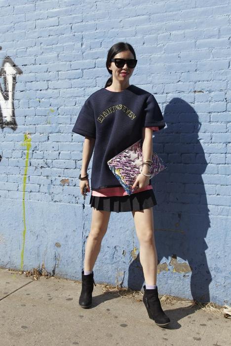 プリーツスカート×Tシャツ