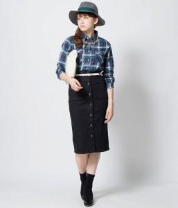 デニムスカート×チェックシャツ